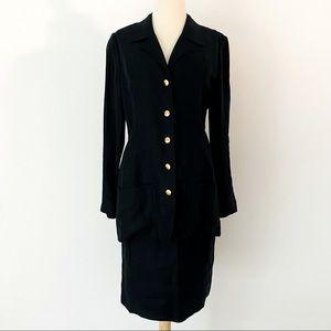 Vintage CHANEL Linen Skirt Suit. Size 8